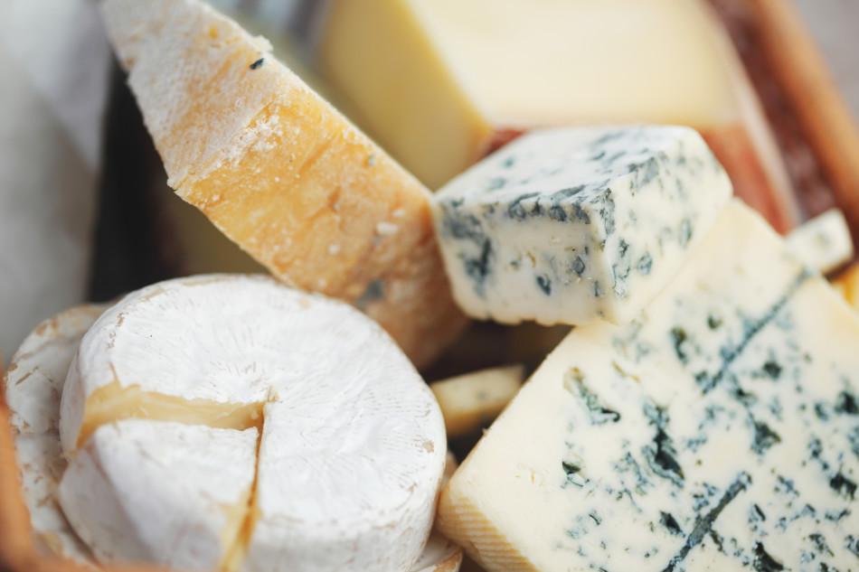 Assolatte-mercato-formaggi_15848159